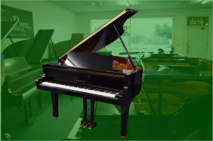 "Steinway 5'7"" mdl M grand piano w/bench  s/n 279927 circa 1935 Piano is in original condition; restoration recommended"